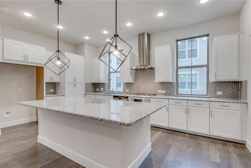 Sold Property | 2742 Yellow Jasmine Lane Dallas, Texas 75212 3