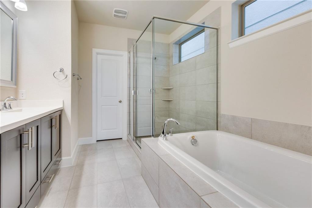 Sold Property | 2742 Yellow Jasmine Lane Dallas, Texas 75212 9
