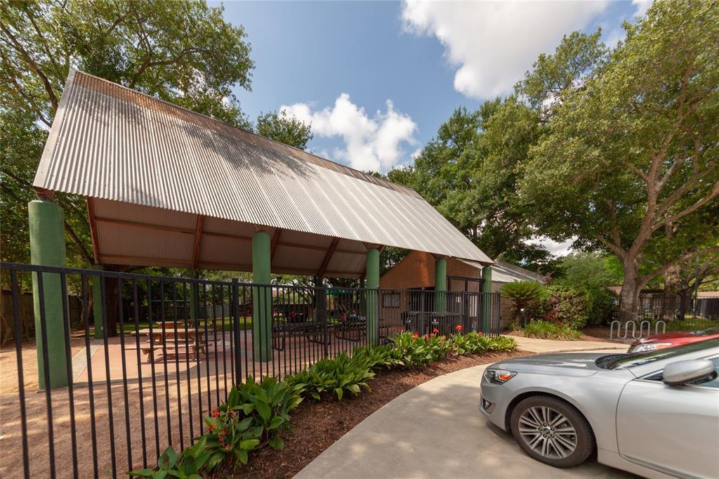 Off Market | 10315 Burgoyne Road Houston, Texas 77042 29