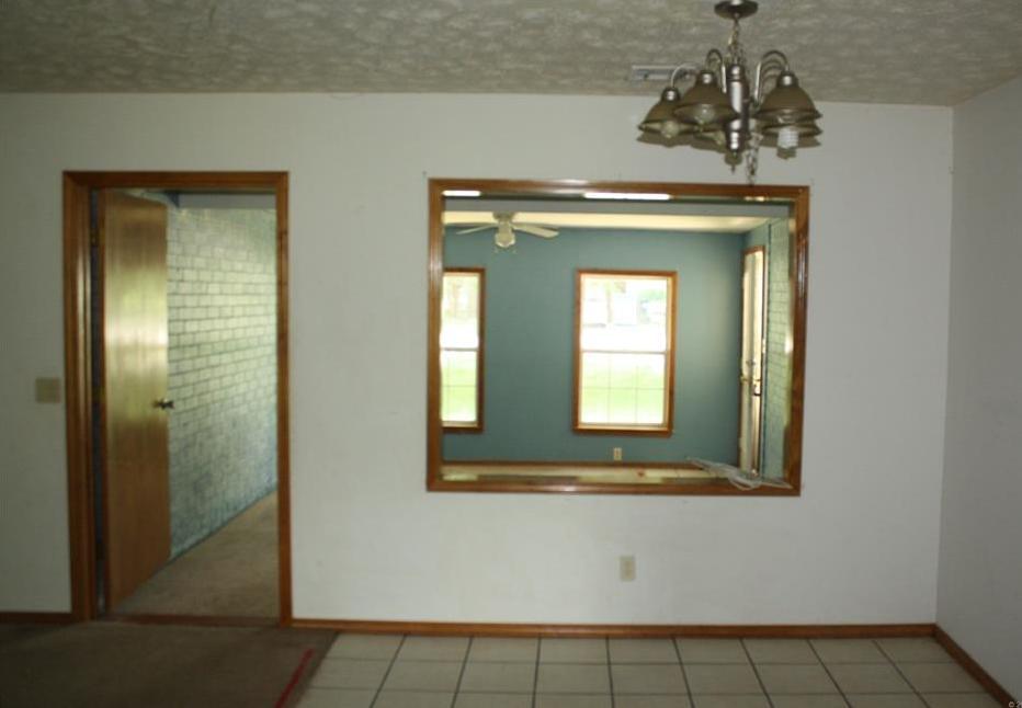 Off Market   201 Quail Drive Pryor, Oklahoma 74361 5