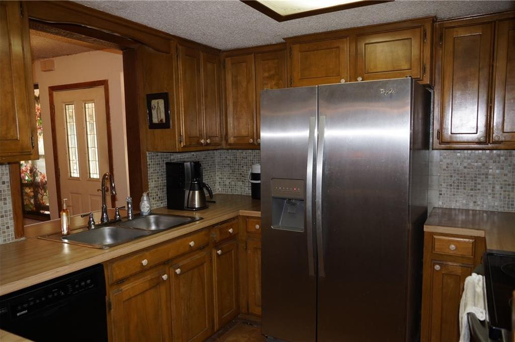 Sold Property   2405 Wild Oaks Avenue Joshua, Texas 76058 10