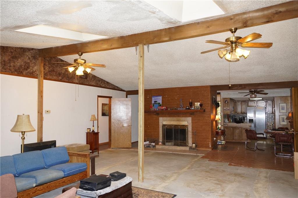 Sold Property   2405 Wild Oaks Avenue Joshua, Texas 76058 12