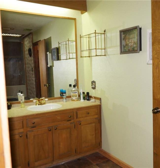 Sold Property   2405 Wild Oaks Avenue Joshua, Texas 76058 18