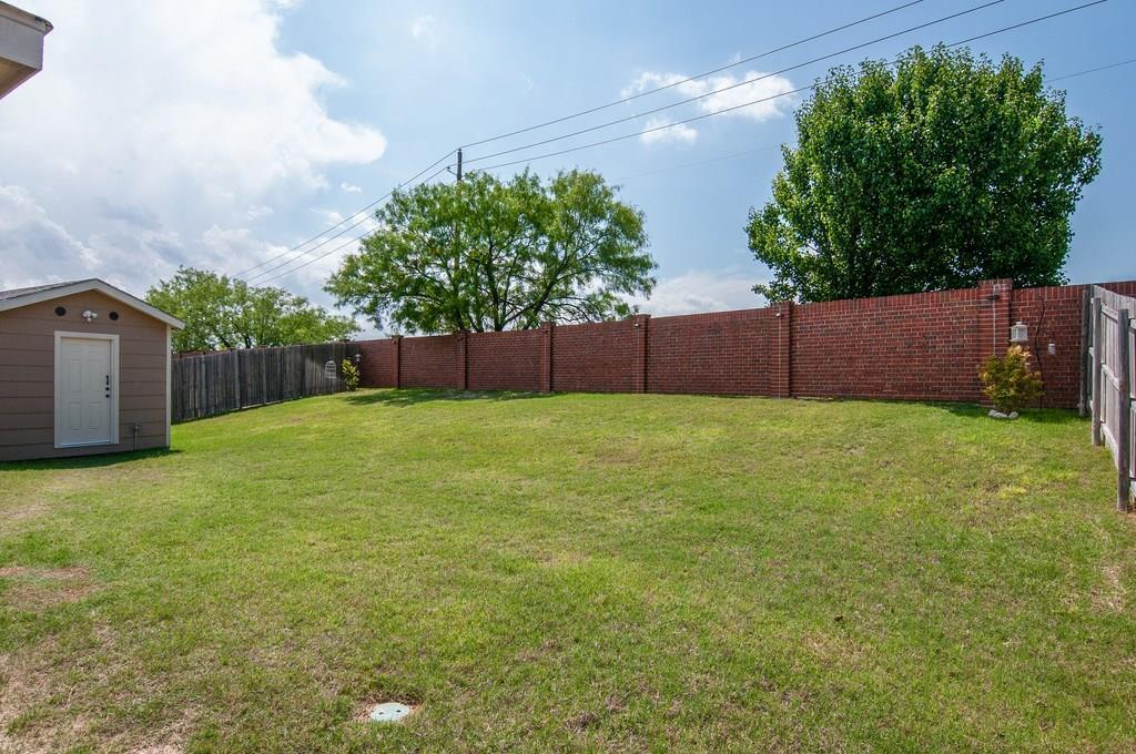 Sold Property | 4321 Mantis Street Fort Worth, Texas 76106 31