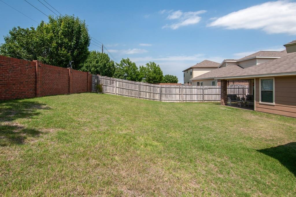 Sold Property | 4321 Mantis Street Fort Worth, Texas 76106 32