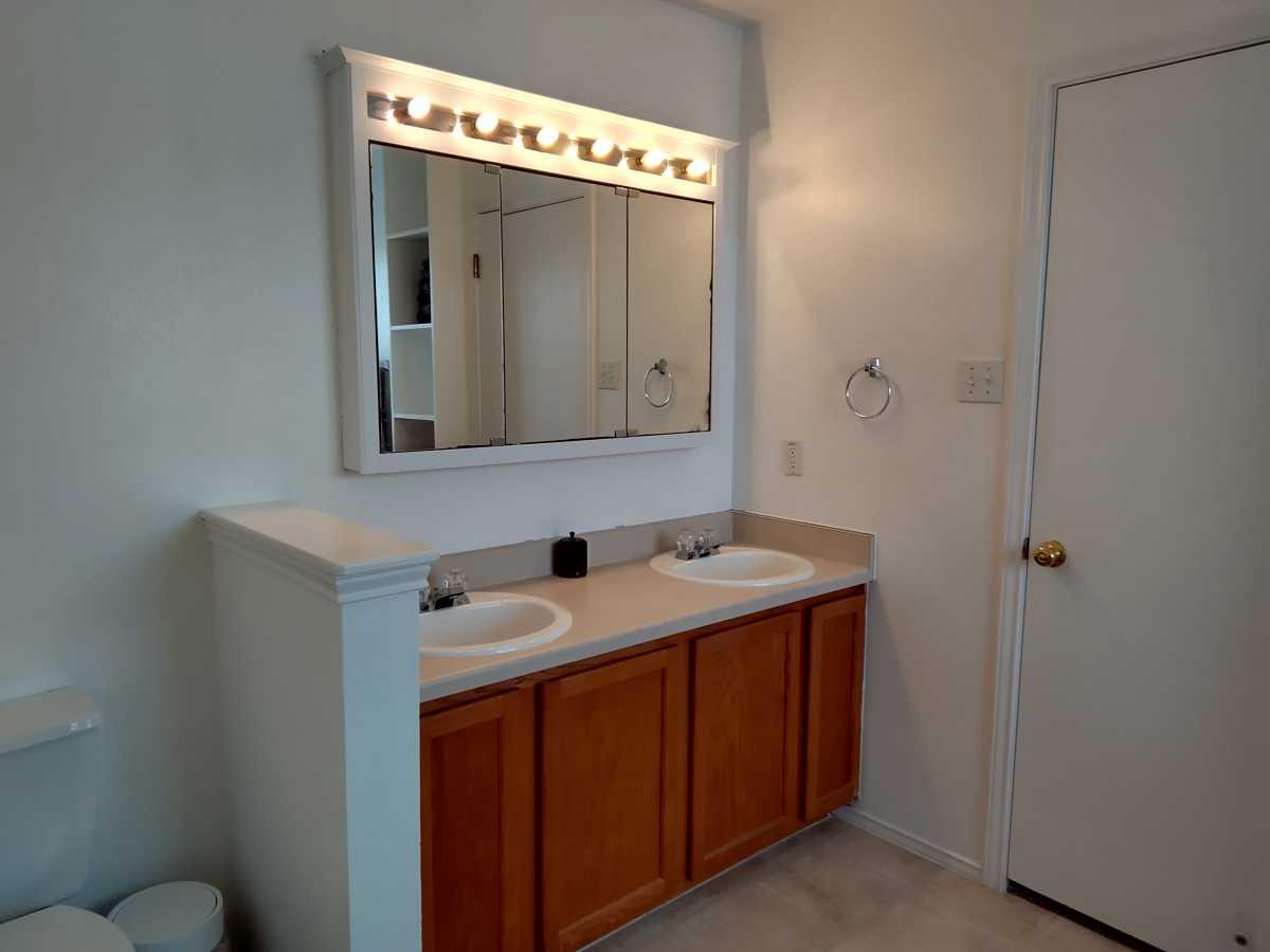 Austin Metro Hutto Home for Sale | 204 Peaceful Haven Way Hutto, TX 78634 17