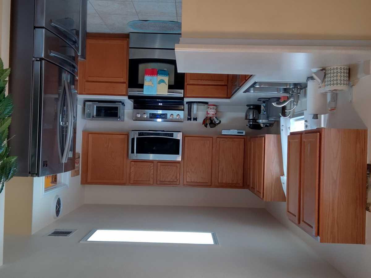 Austin Metro Hutto Home for Sale | 204 Peaceful Haven Way Hutto, TX 78634 6