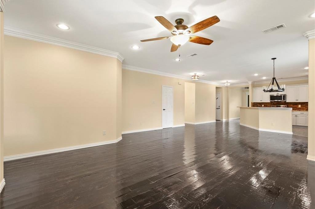 Sold Property | 3529 Gilbert Road Grand Prairie, Texas 75050 9