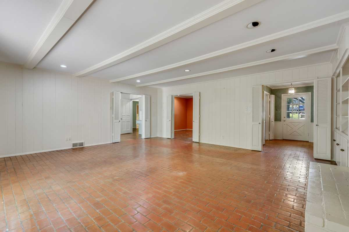Dallas Real Estate | 14048 Brookridge Drive Dallas, TX 75240 33