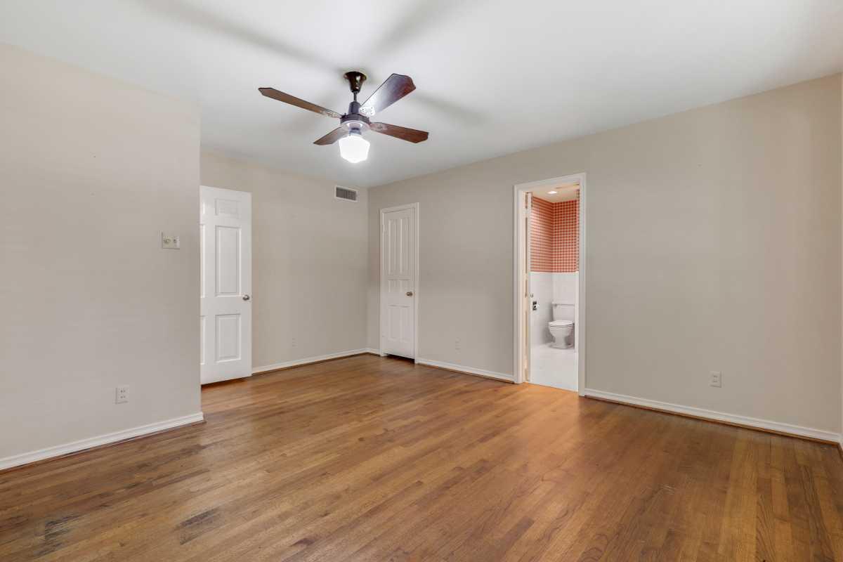 Dallas Real Estate | 14048 Brookridge Drive Dallas, TX 75240 41