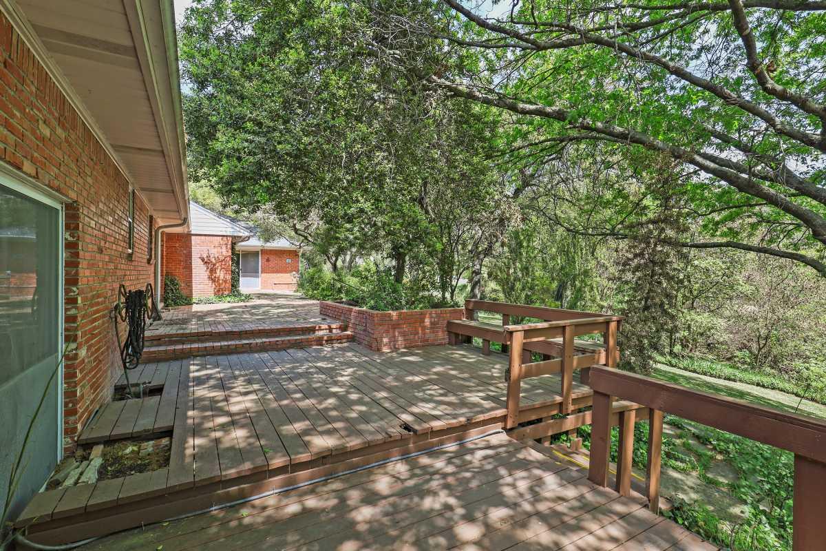 Dallas Real Estate | 14048 Brookridge Drive Dallas, TX 75240 13