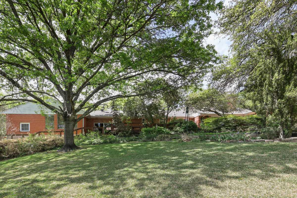 Dallas Real Estate | 14048 Brookridge Drive Dallas, TX 75240 14