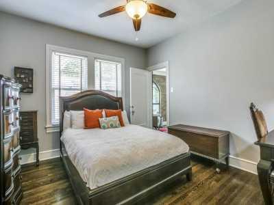 Sold Property   626 Cordova Street Dallas, Texas 75223 20