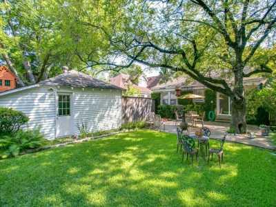 Sold Property   626 Cordova Street Dallas, Texas 75223 23