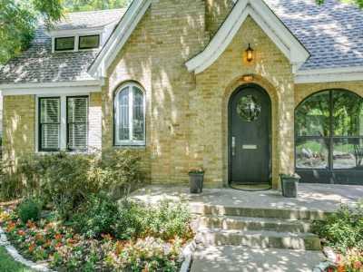 Sold Property   626 Cordova Street Dallas, Texas 75223 3