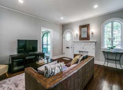 Sold Property   626 Cordova Street Dallas, Texas 75223 6