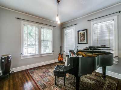 Sold Property   626 Cordova Street Dallas, Texas 75223 8