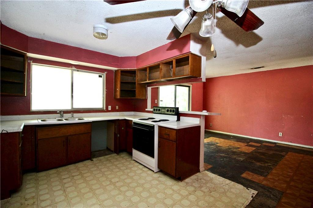 Sold Property | 6208 Jennie Drive Fort Worth, Texas 76133 4