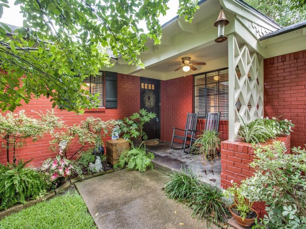 Sold Property | 7318 Crownrich Lane Dallas, Texas 75214 1