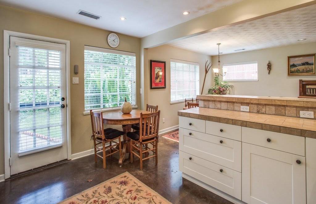 Sold Property | 7318 Crownrich Lane Dallas, Texas 75214 12