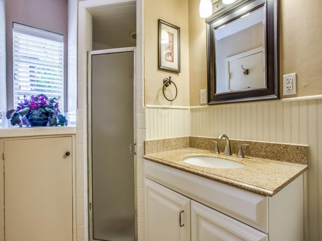 Sold Property | 7318 Crownrich Lane Dallas, Texas 75214 20