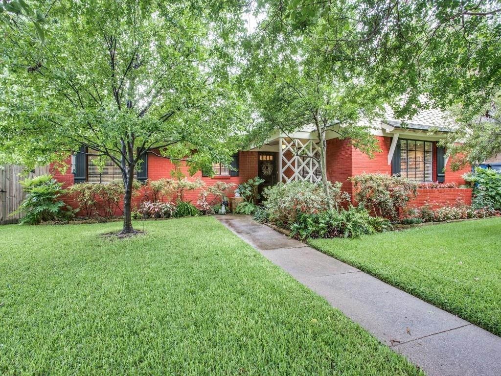 Sold Property | 7318 Crownrich Lane Dallas, Texas 75214 3
