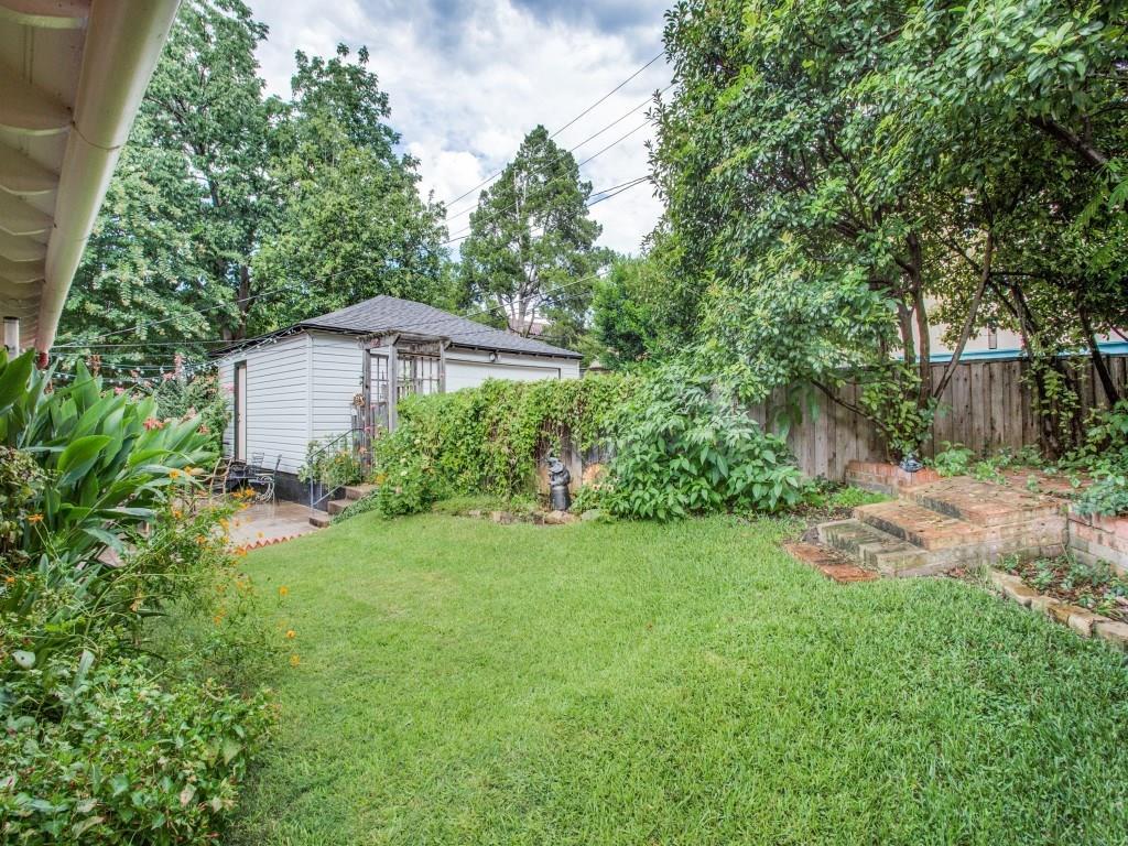 Sold Property | 7318 Crownrich Lane Dallas, Texas 75214 24
