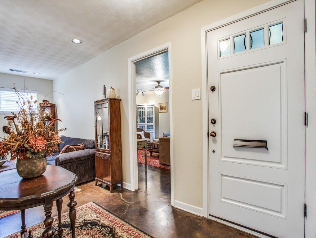 Sold Property | 7318 Crownrich Lane Dallas, Texas 75214 5