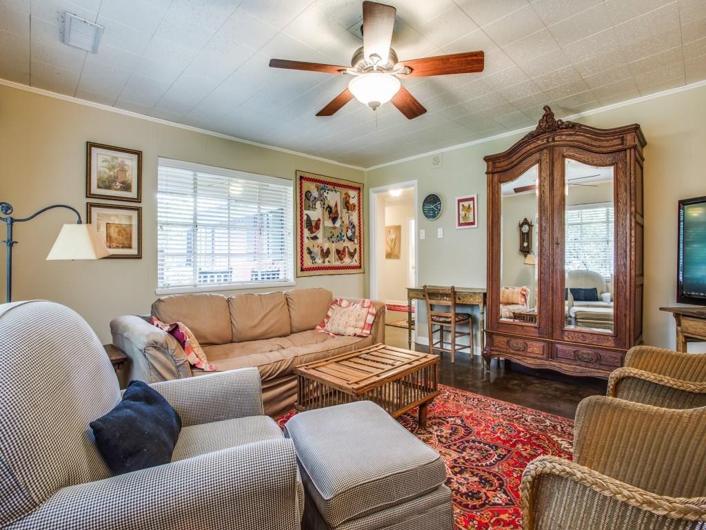 Sold Property | 7318 Crownrich Lane Dallas, Texas 75214 10