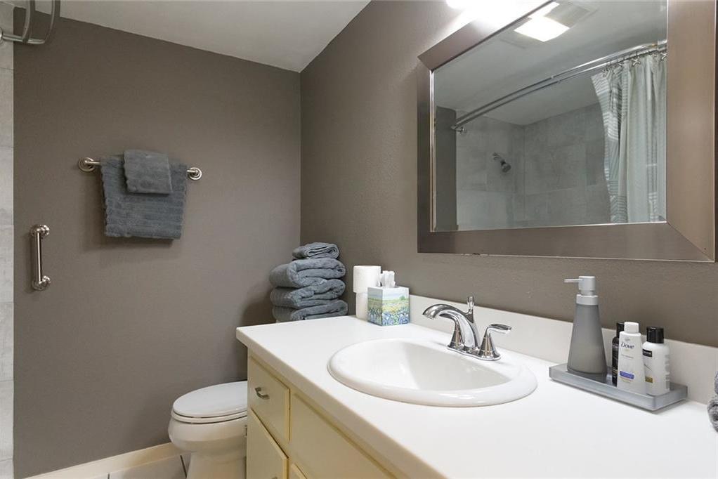 Sold Property | 2425 Ashdale DR #51 Austin, TX 78757 20