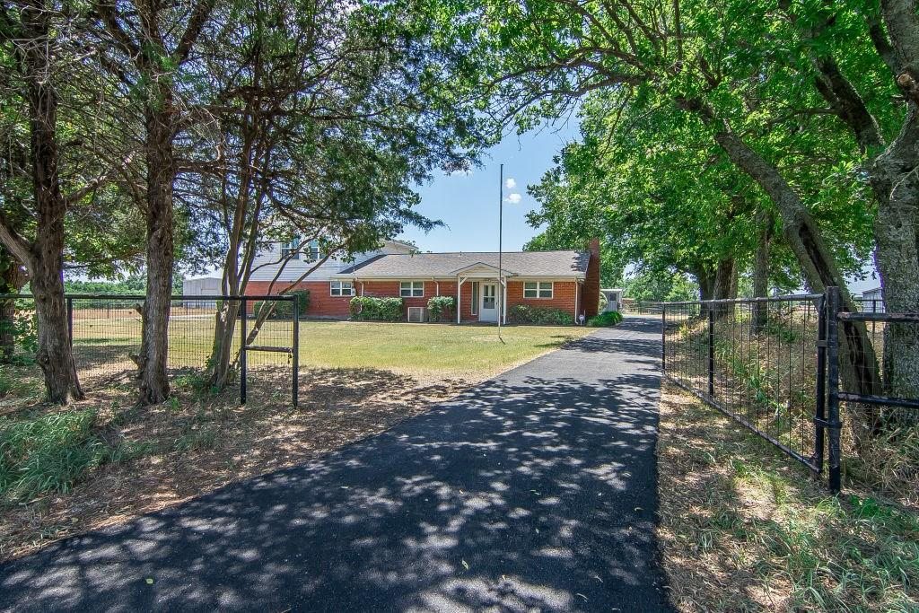 Pending | 4052 County Road 412  McKinney, TX 75071 0