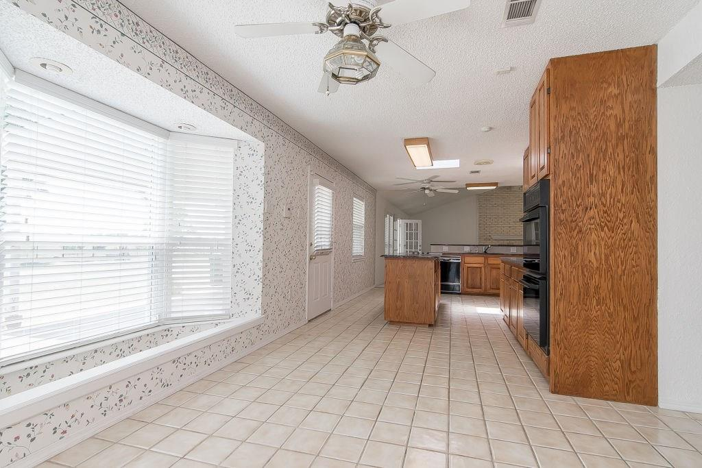 Pending | 4052 County Road 412  McKinney, TX 75071 13