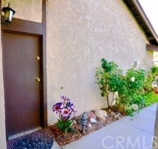 Closed | 28283 Bockdale  Canyon Country, CA 91387 2