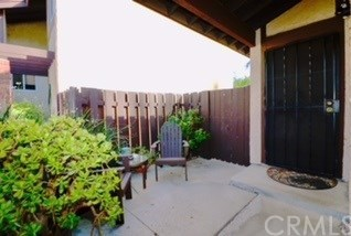 Closed | 28283 Bockdale  Canyon Country, CA 91387 4