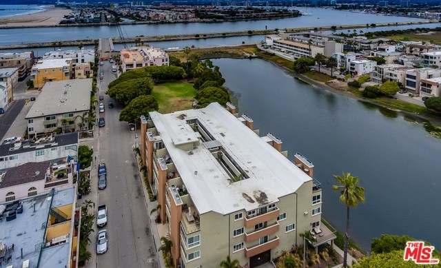 Closed | 6405 PACIFIC  Avenue Playa del Rey, CA 90293 16