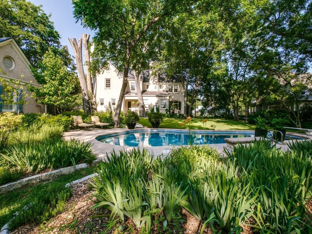 Sold Property | 619 S Dallas Avenue Lancaster, Texas 75146 2