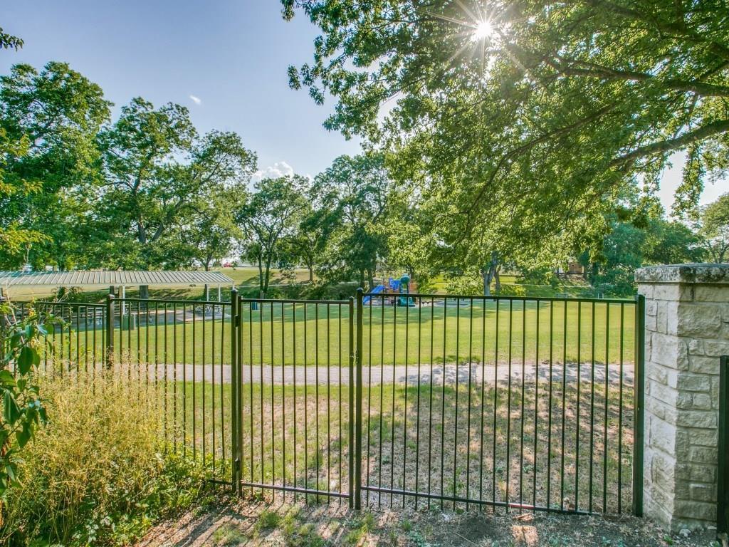 Sold Property | 619 S Dallas Avenue Lancaster, Texas 75146 36