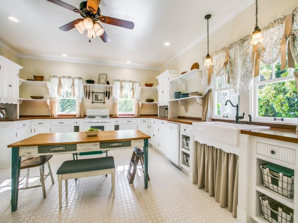 Sold Property | 619 S Dallas Avenue Lancaster, Texas 75146 8