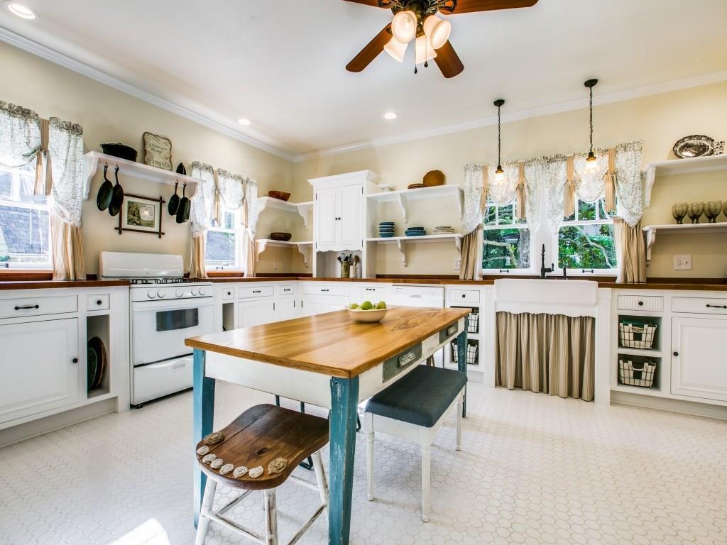 Sold Property | 619 S Dallas Avenue Lancaster, Texas 75146 9