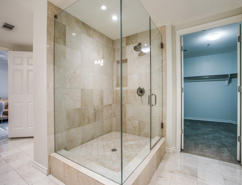 Active | 5909 Luther Lane #2101 Dallas, TX 75225 16