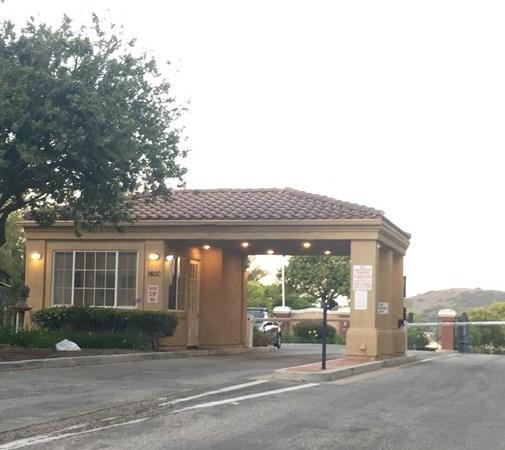 Closed   1535 Hidden Meadow Court Newbury Park, CA 91320 17