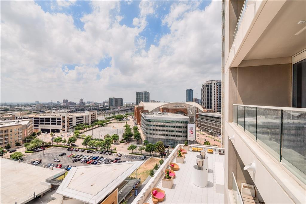 Sold Property | 2408 Victory Park Lane #1041 Dallas, TX 75219 20