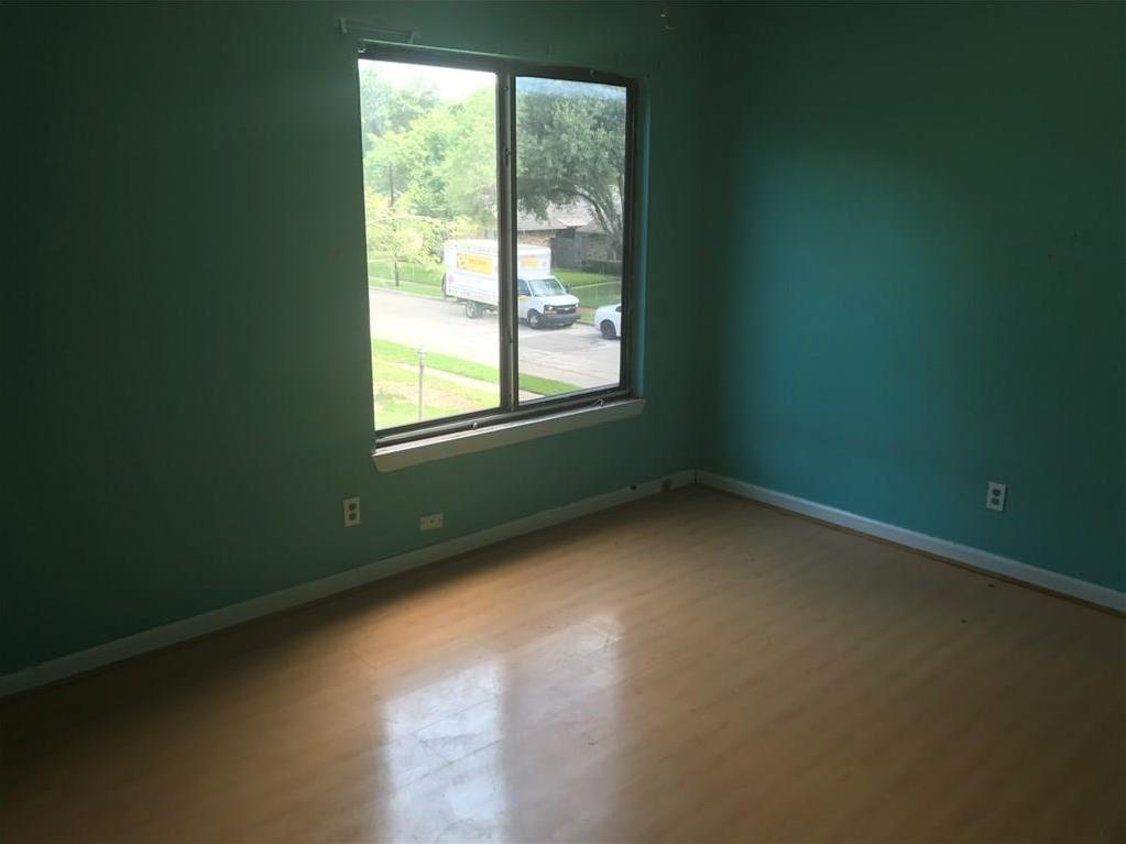 Sold Property | 4614 Oakwood  Garland, Texas 75043 12