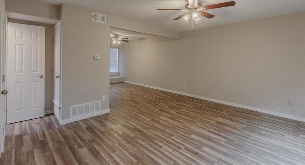 Sold Property | 524 Pecan Acres Court Arlington, Texas 76013 6