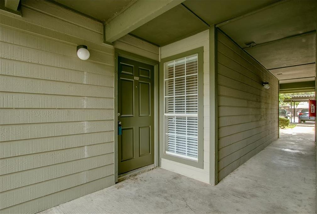 Sold Property   18333 Roehampton Drive #618 0