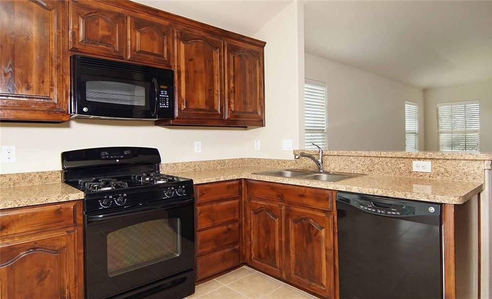 Sold Property | 5200 Britton Ridge Lane Fort Worth, Texas 76179 13