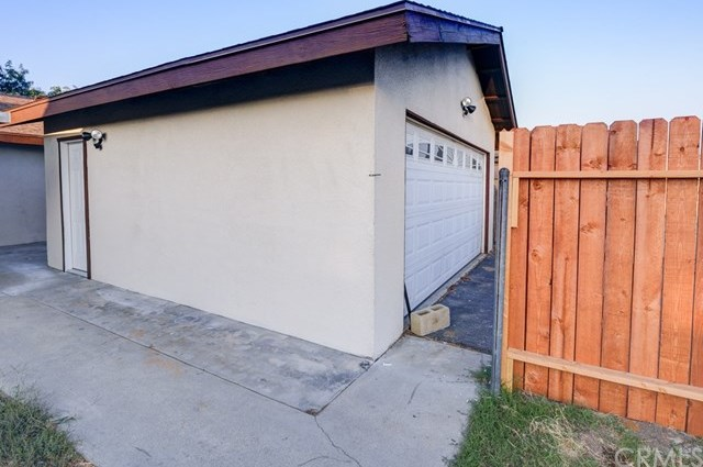 Closed | 647 W 49th Street San Bernardino, CA 92407 11
