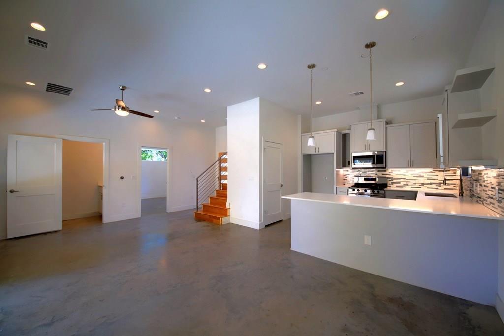 Sold Property | 7208 Carver ave #B Austin, TX 78752 11
