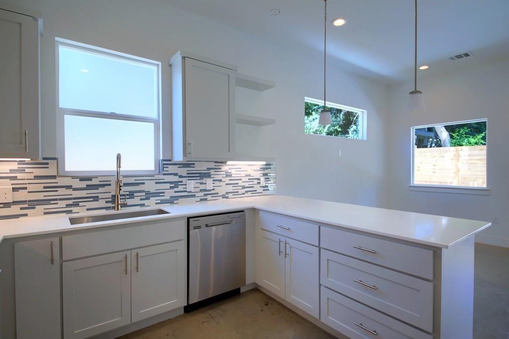 Sold Property | 7208 Carver ave #B Austin, TX 78752 15