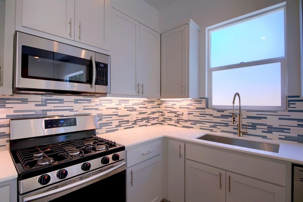 Sold Property | 7208 Carver ave #B Austin, TX 78752 17